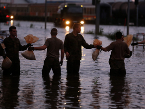 """Germany stepped up evacuations along a flood-hit river as thousands build up defences with sandbags."" Source: AU News Yahoo"